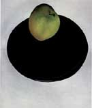 Georgia O'Keeffe Green Apple on Black Plate 1922